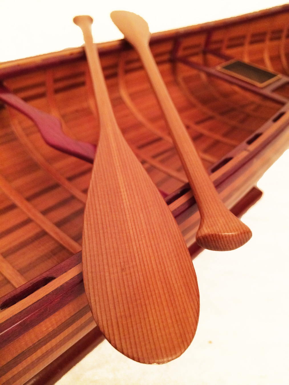 test miniature cedar wood canoe 06