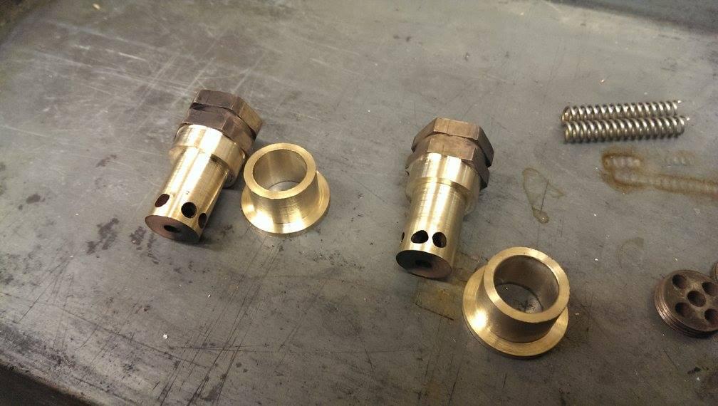 test 5 gauge rebuilt scott safety valves live steam not for sale