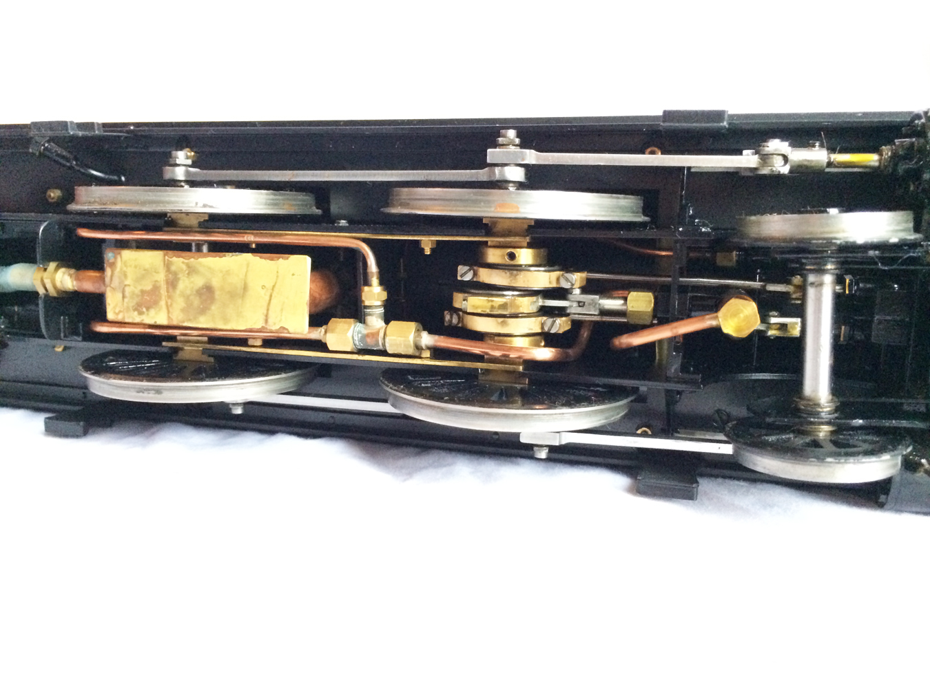 test Gauge 1 LT&SR 4-4-2T Live Steam locomotive for sale 05
