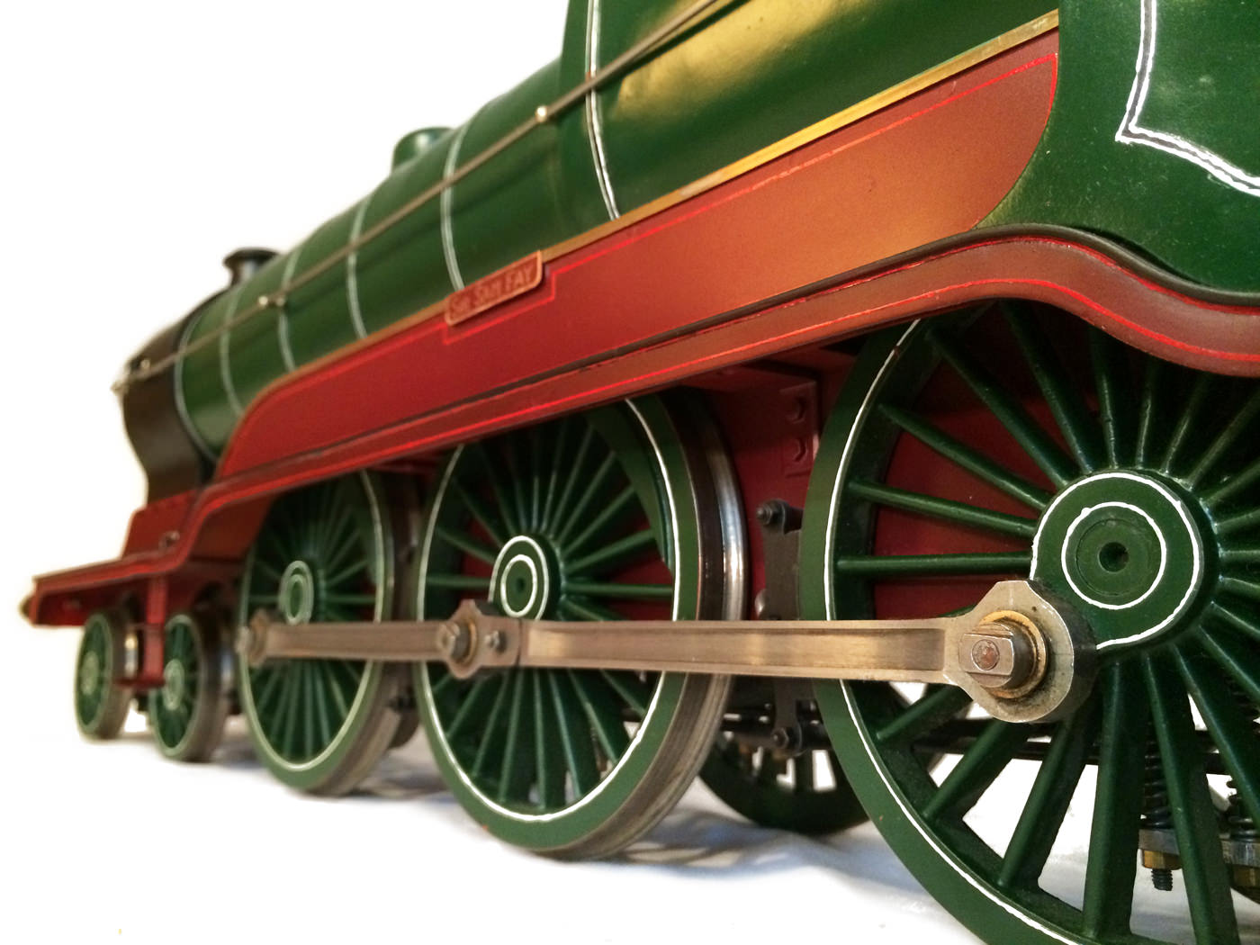 test 3 and a half inch gauge GCR Sir Sam Fay I Class live steam locomotive for sale 07