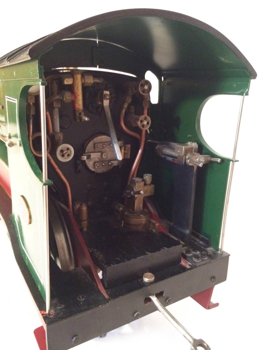 test 3 and a half inch gauge GCR Sir Sam Fay I Class live steam locomotive for sale 19