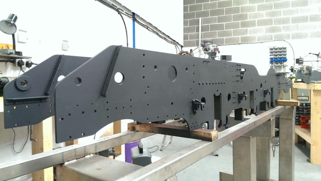 test 7 gauge standard class 4 tank frames primed
