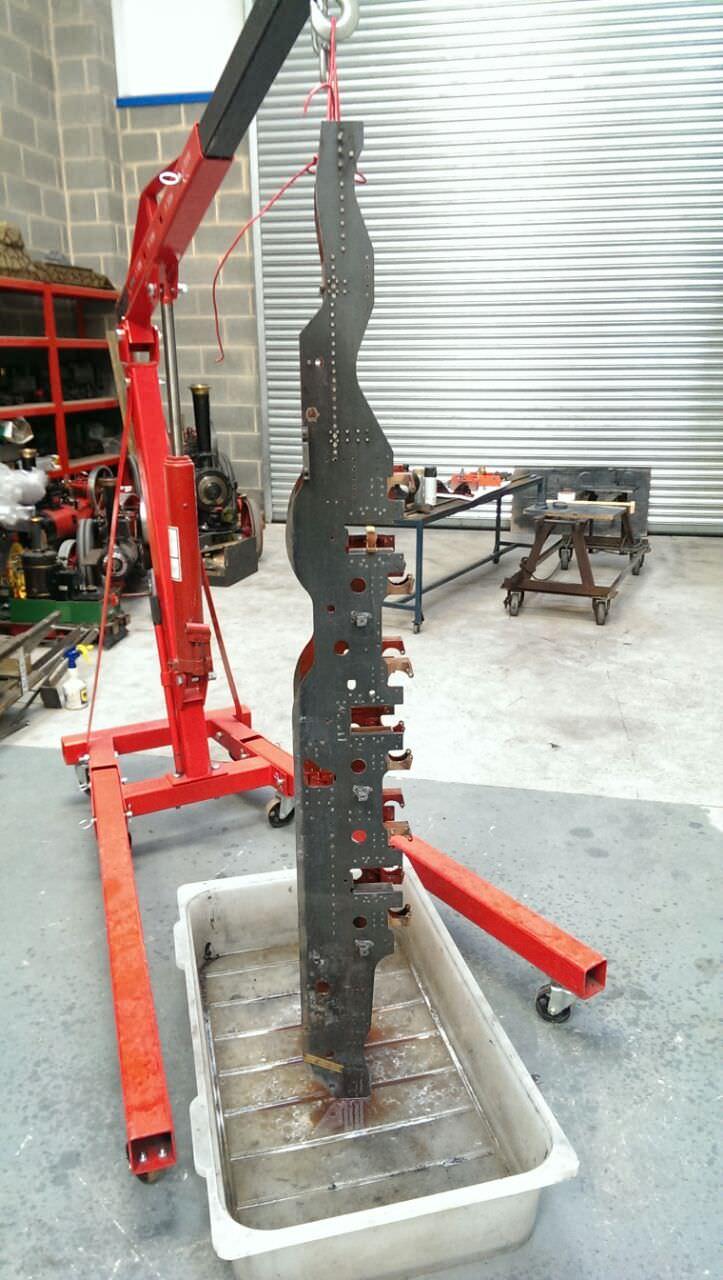 test 7 gauge standard class 4 tank frames stripped