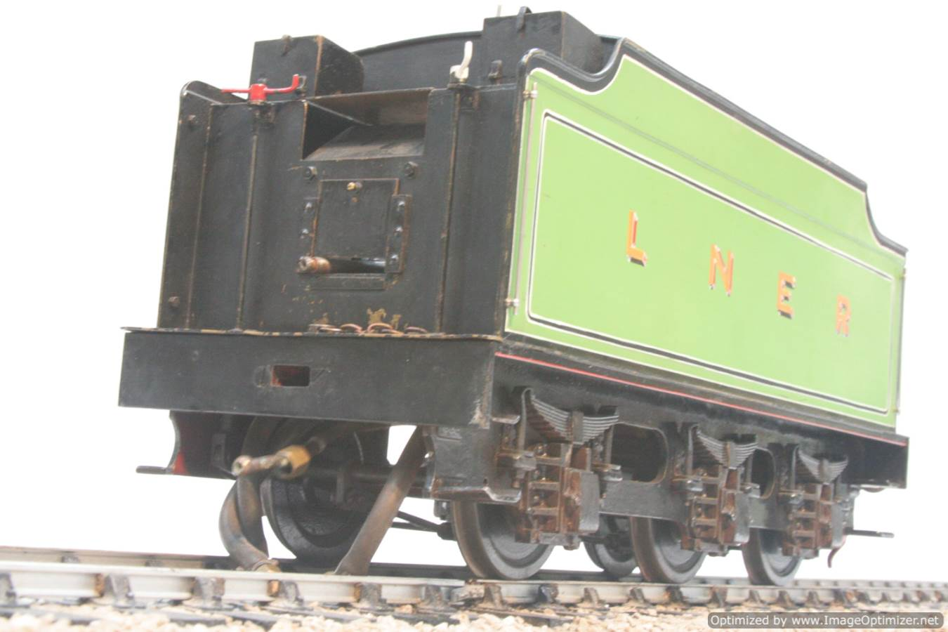 test 3 and a half inch gauge LNER V2 Green Arrow live steam model for sale 03-Optimized