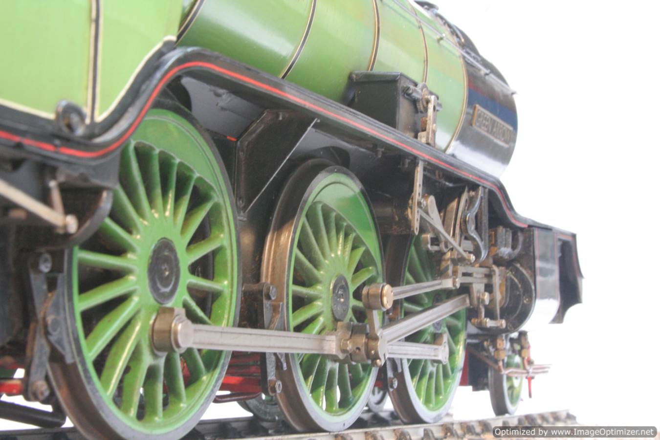 test 3 and a half inch gauge LNER V2 Green Arrow live steam model for sale 17-Optimized