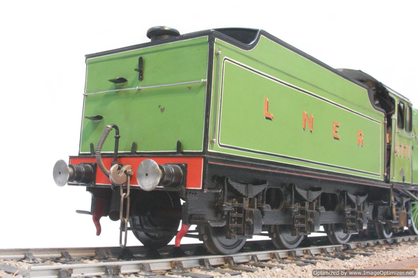 test 3 and a half inch gauge LNER V2 Green Arrow live steam model for sale 20-Optimized
