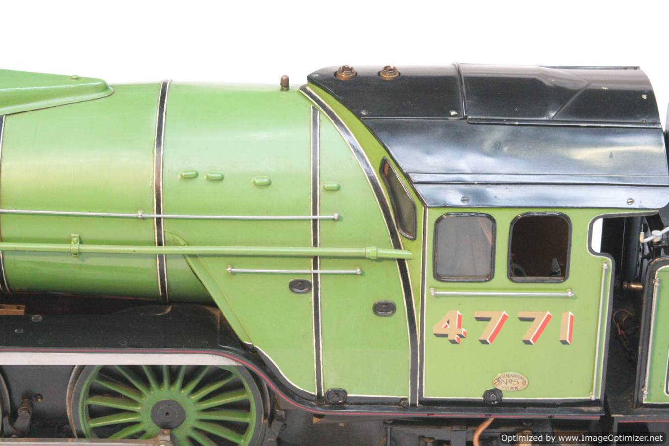 test 3 and a half inch gauge LNER V2 Green Arrow live steam model for sale 28-Optimized