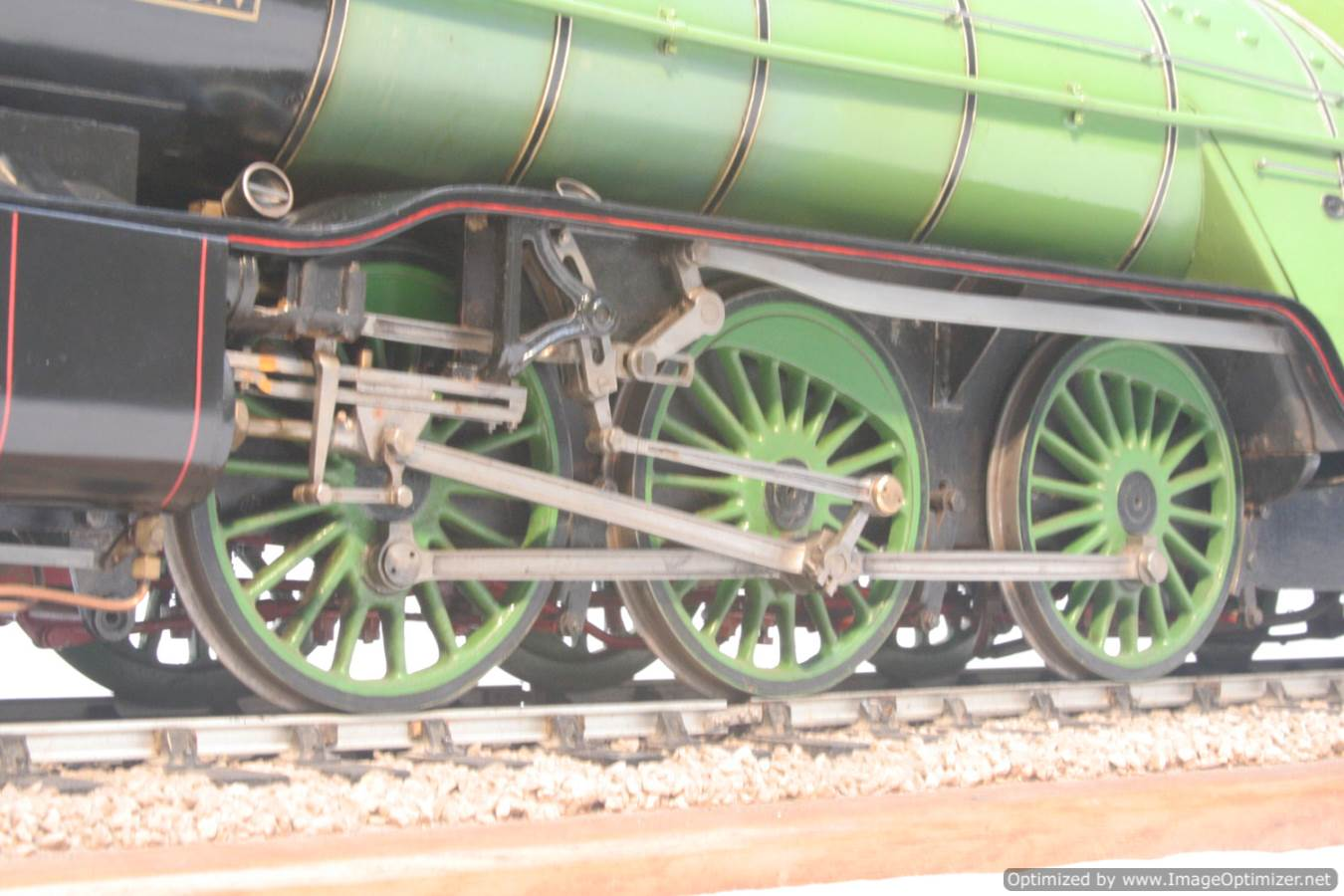 test 3 and a half inch gauge LNER V2 Green Arrow live steam model for sale 29-Optimized
