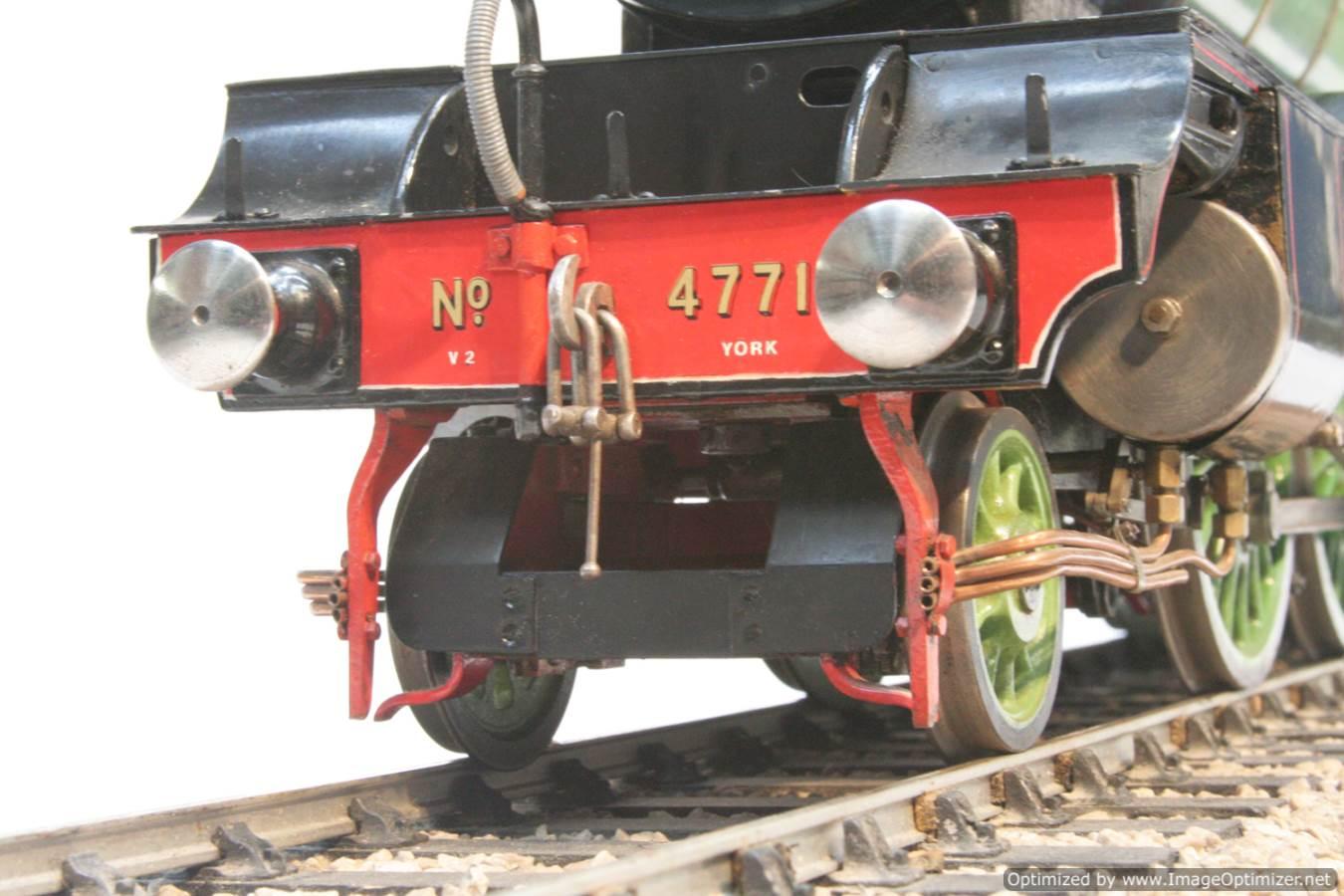 test 3 and a half inch gauge LNER V2 Green Arrow live steam model for sale 31-Optimized