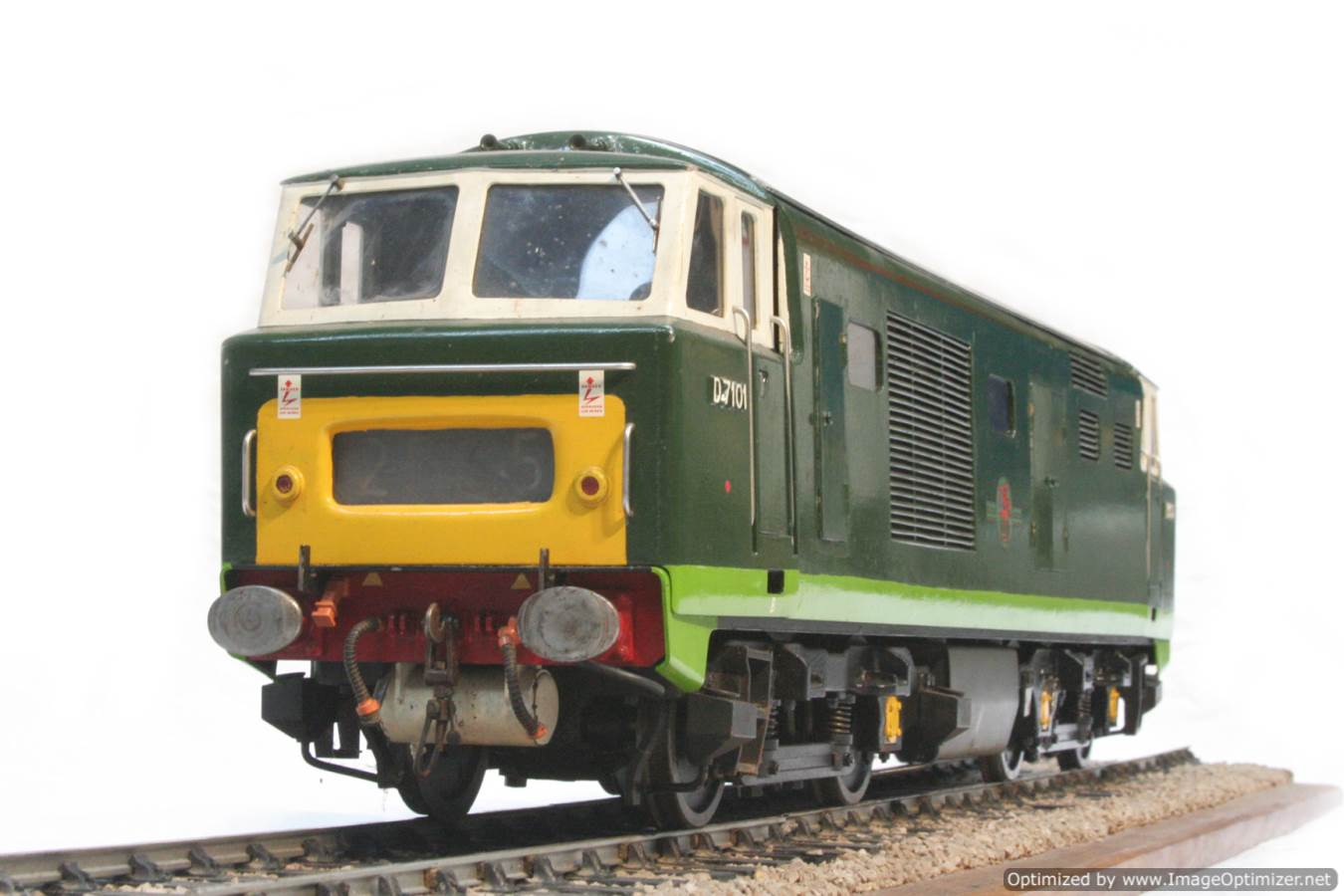 test 3 and a half inch gauge Hymek BR Class 35 diesel miniature locomotive for sale 25-Optimized