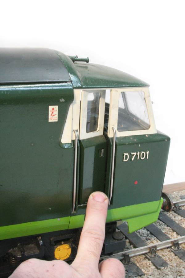 test 3 and a half inch gauge Hymek BR Class 35 diesel miniature locomotive for sale 31-Optimized