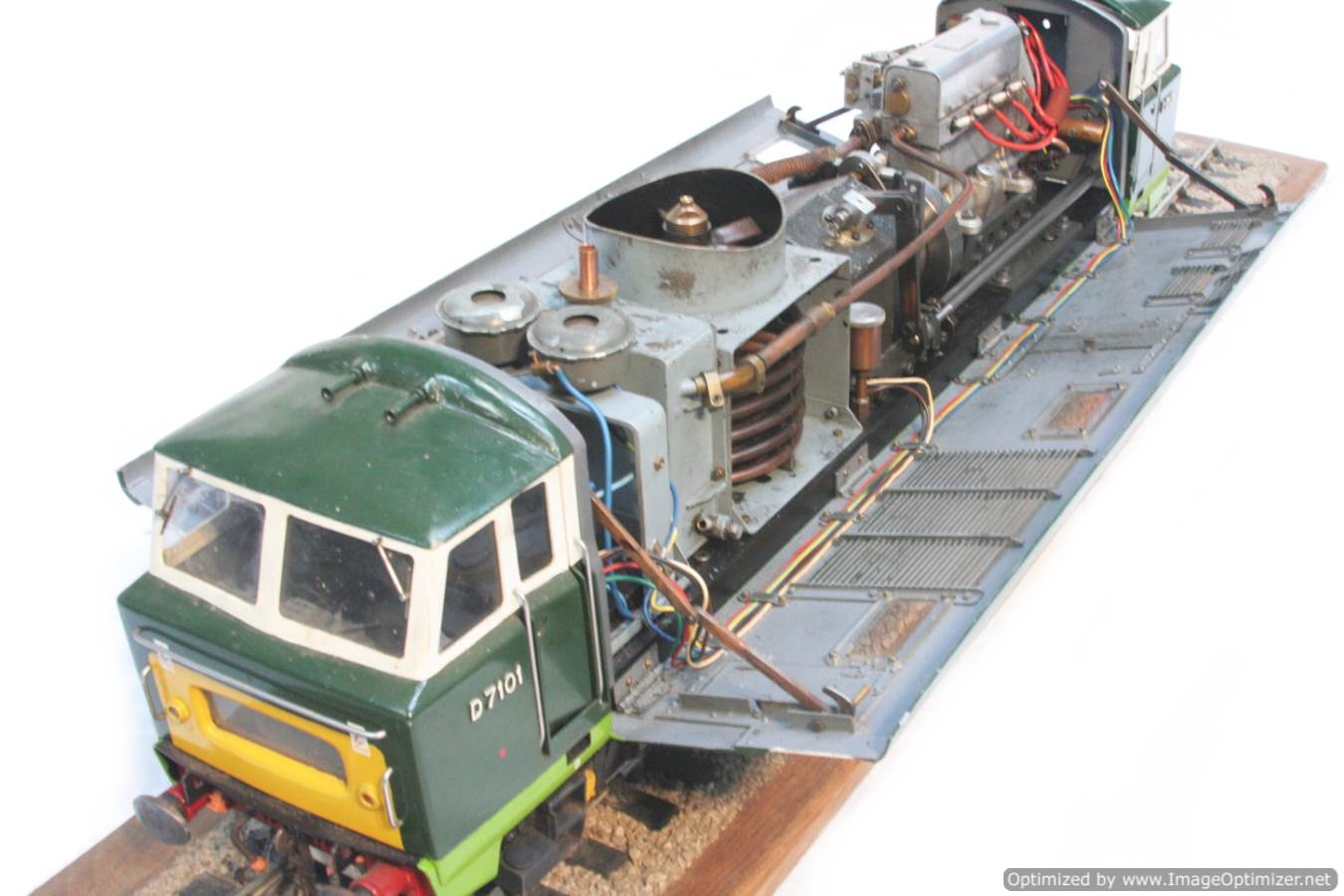 test 3 and a half inch gauge Hymek BR Class 35 diesel miniature locomotive for sale 37-Optimized