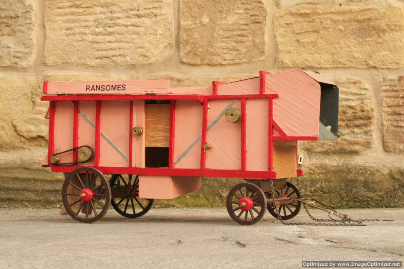 test 1-inch-scale-ransommes-threshing-machine-for-sale-03-optimized