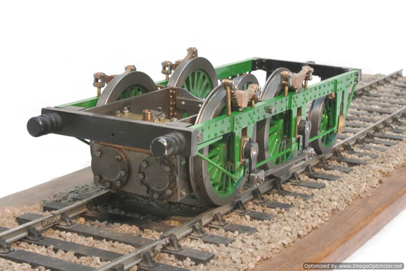 test 3-5-inch-gauge-lion-locomotive-chassis-for-sale-01-optimized