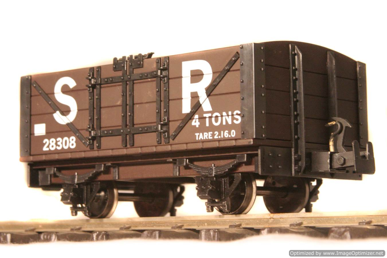 test L & B Open Wagon 02 Optimized