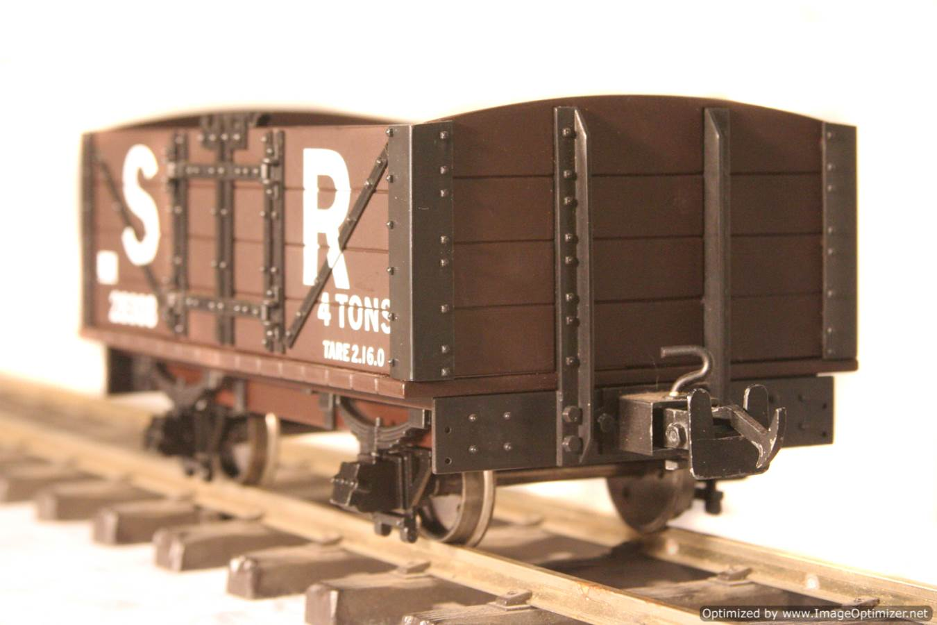 test L & B Open Wagon 05 Optimized