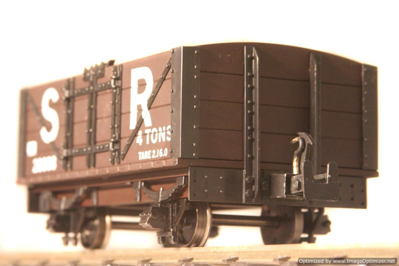 test L & B Open Wagon 1 Optimized