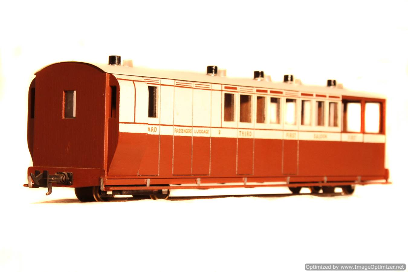 test L&B 32mm Garden Rail live steam locomotive carriages for sale 02 Optimized