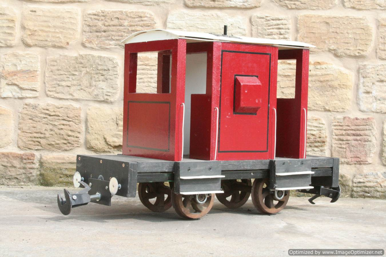 test Red Live Steam Brake Van for sale 01 Optimized