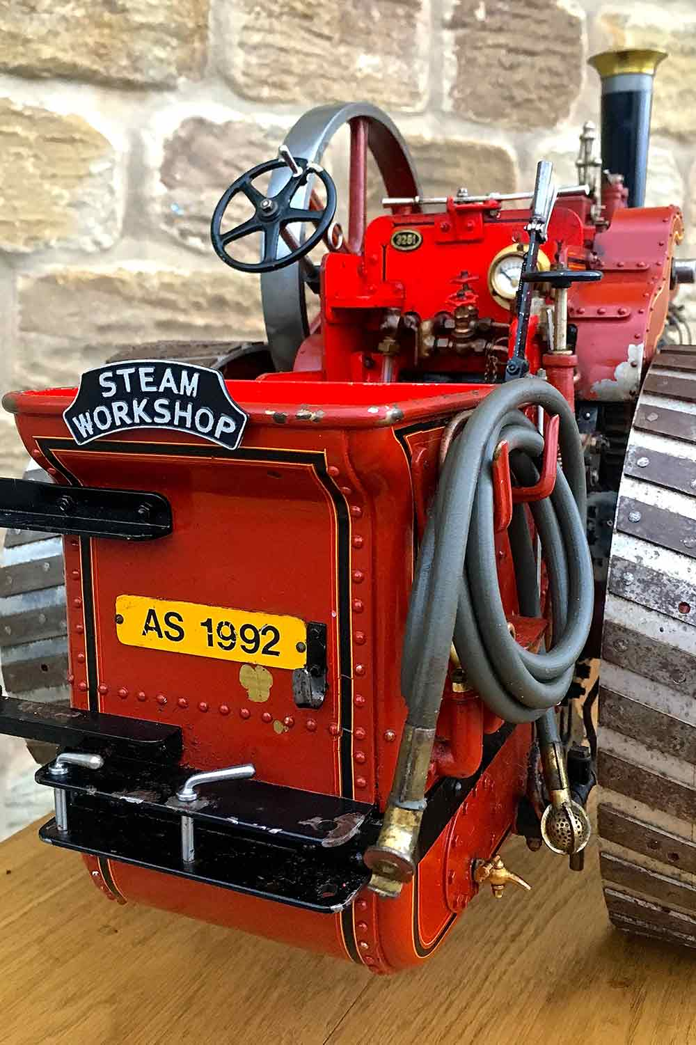test Alchin-Traction-Engine-Royal-Chester-live-steam-model-for-sale-17