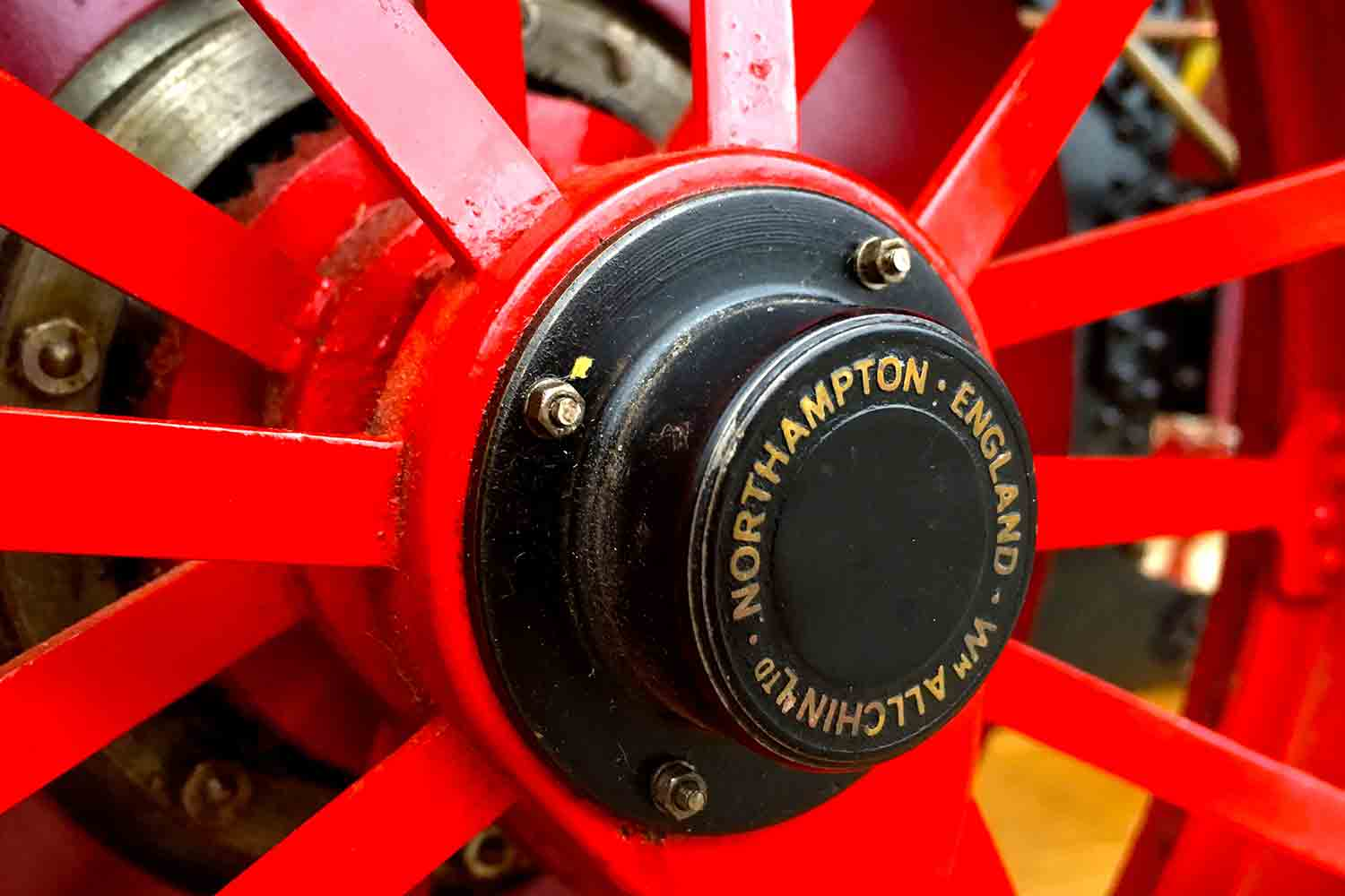 test Royal-Chester-Alchin-DCC-traction-engine-live-steam-for-sale-07