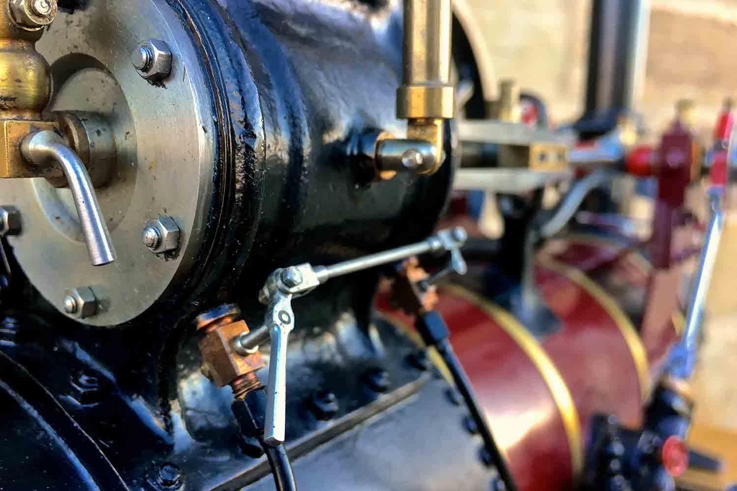 test Marshall-Portable-Traction-Engine-Live-Steam-model-for-sale-07