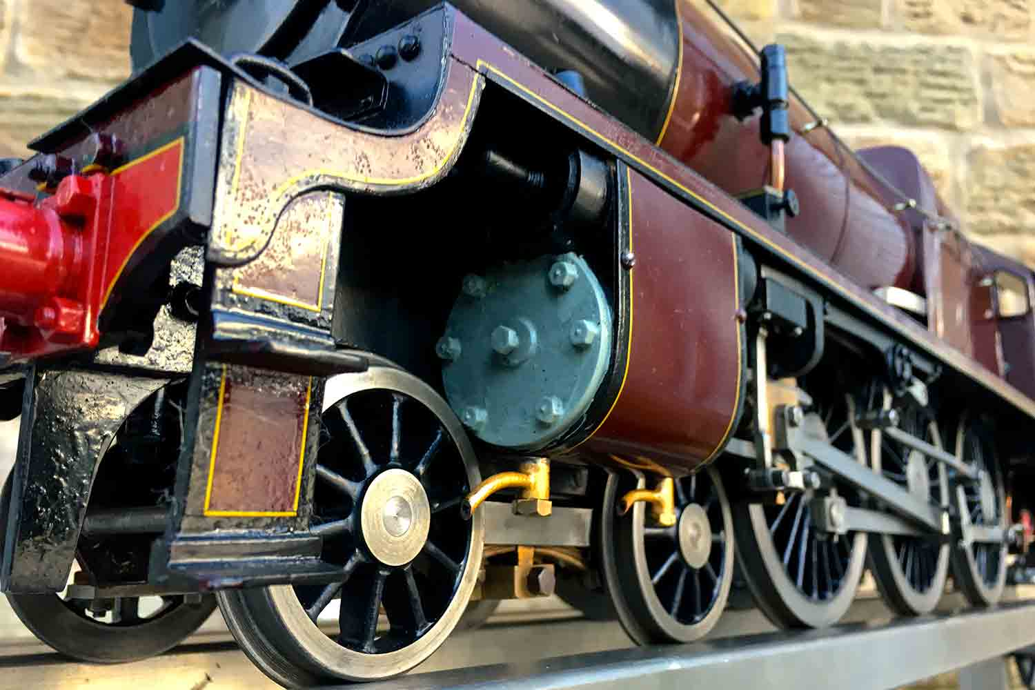 test 3-and-a-half-inch-gauge-LMS-Royal-Scot-for-sale-08