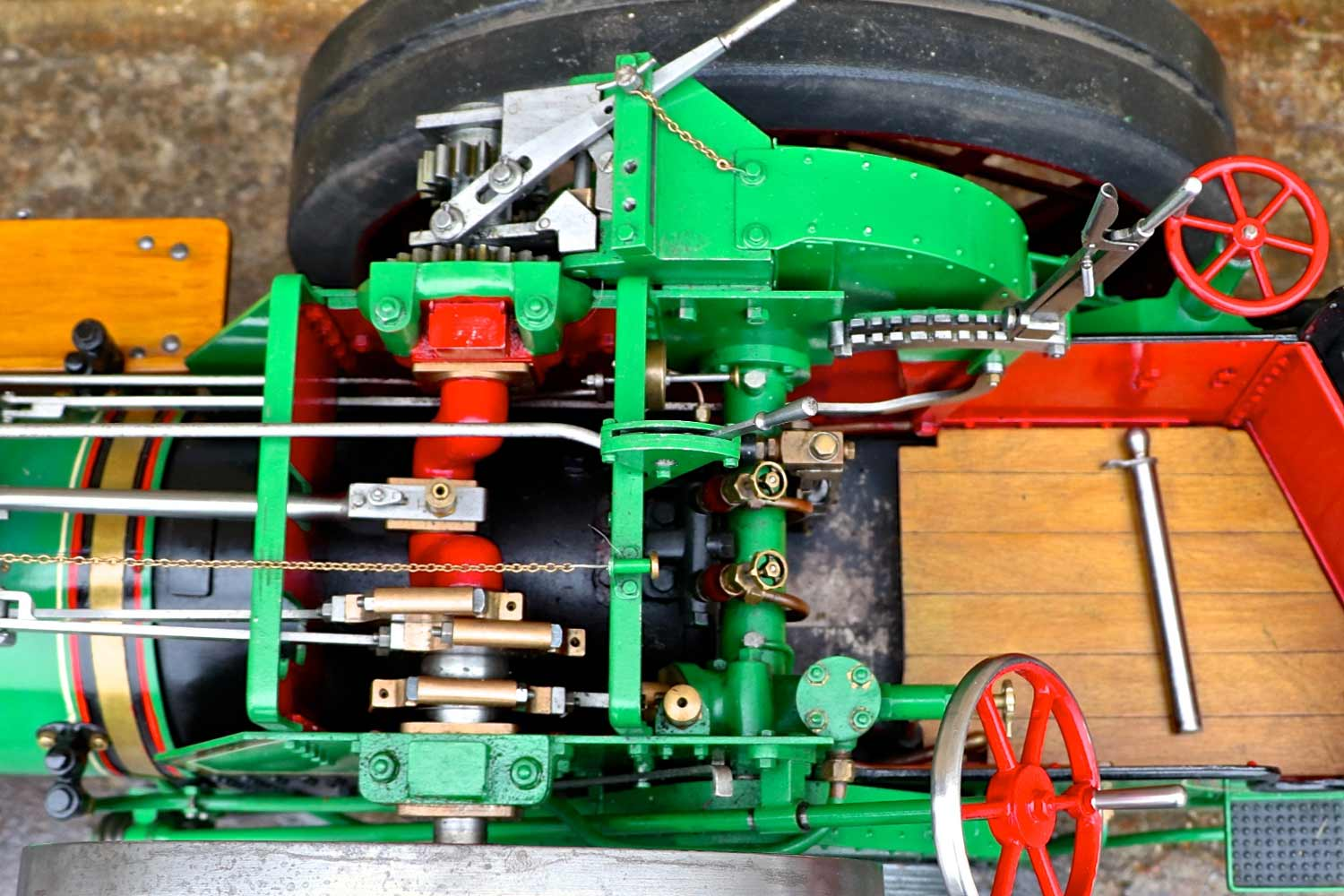 test 3-inch-Burrell-traction-engine-plastow-live-steam-for-sale-10