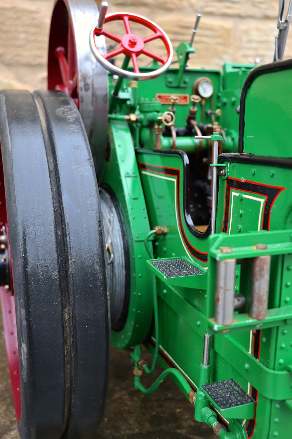 test 3-inch-Burrell-traction-engine-plastow-live-steam-for-sale-13