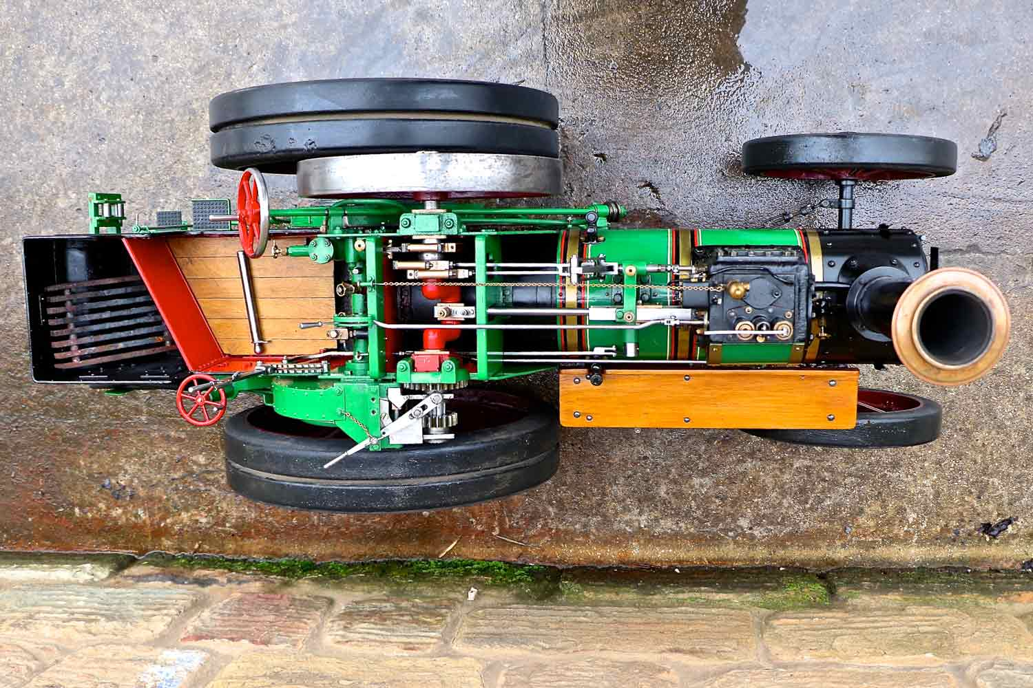test 3-inch-Burrell-traction-engine-plastow-live-steam-for-sale-5a