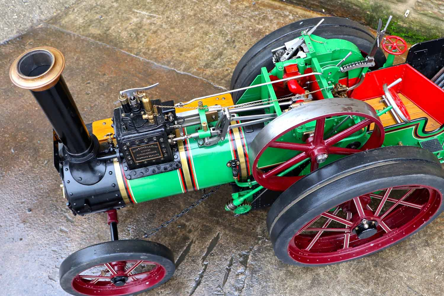 test 3-inch-Burrell-traction-engine-plastow-live-steam-for-sale-7
