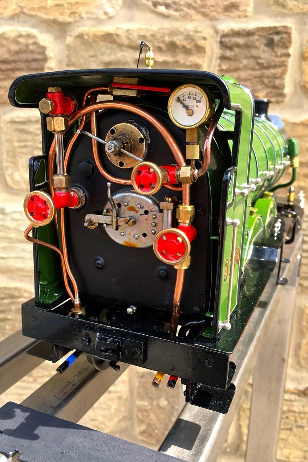 test 2-and-a-half-inch-gauge-3-GNR-C1-Atlantic-Ayesha-live-steam-locomotive-for-sale-05