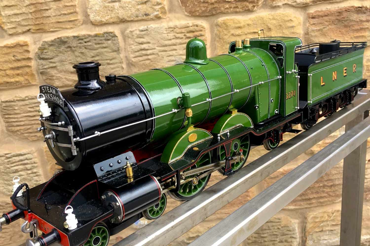test 2-and-a-half-inch-gauge-3-GNR-C1-Atlantic-Ayesha-live-steam-locomotive-for-sale-07
