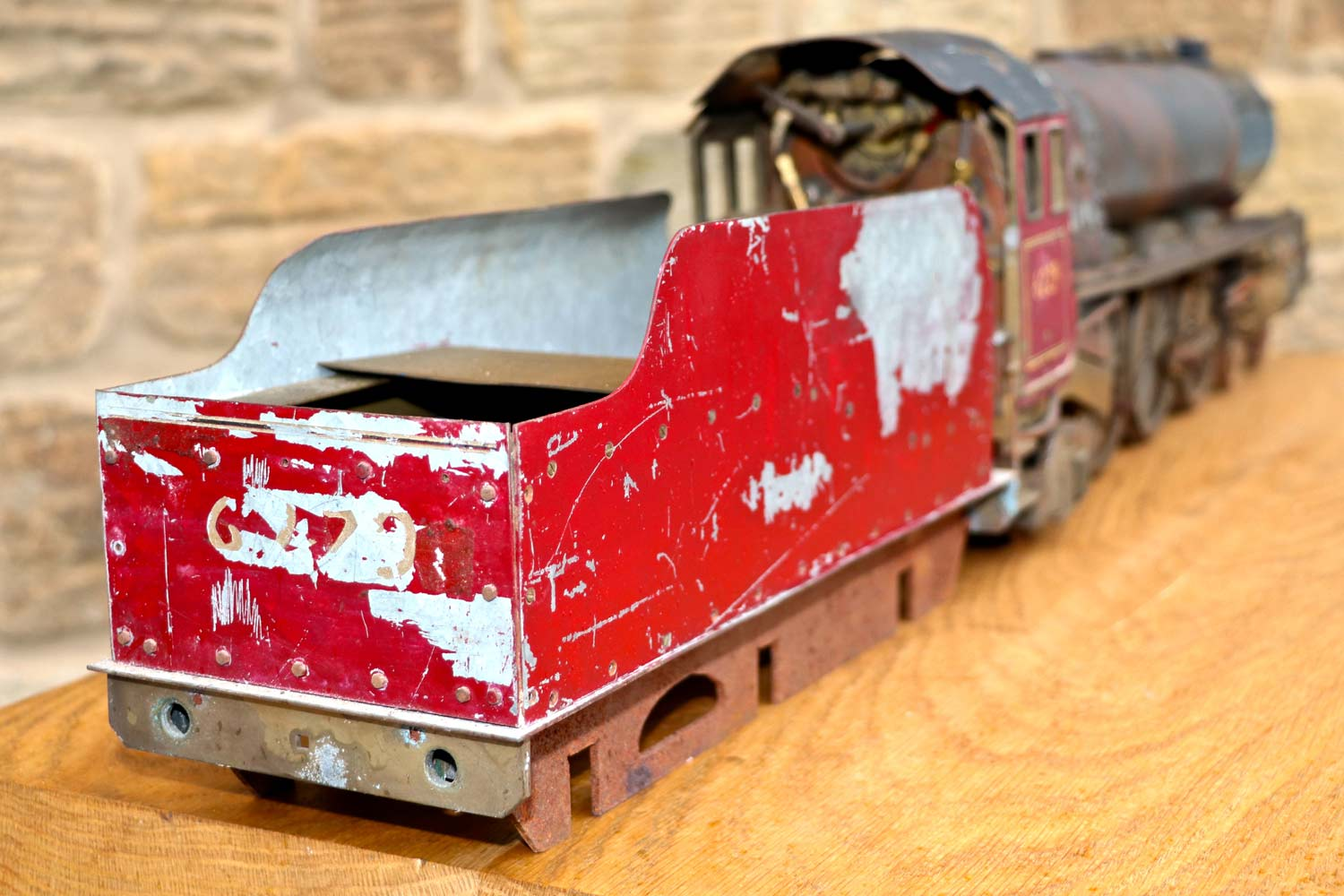 test 2-and-a-half-inch-gauge-LMS-Duchess-live-steam-locomotive-for-sale-07