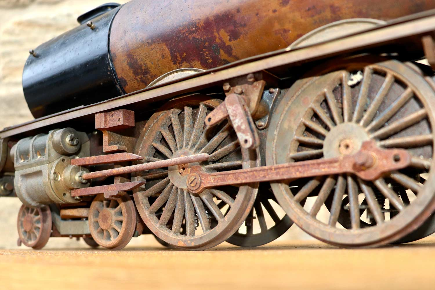 test 2-and-a-half-inch-gauge-LMS-Duchess-live-steam-locomotive-for-sale-12