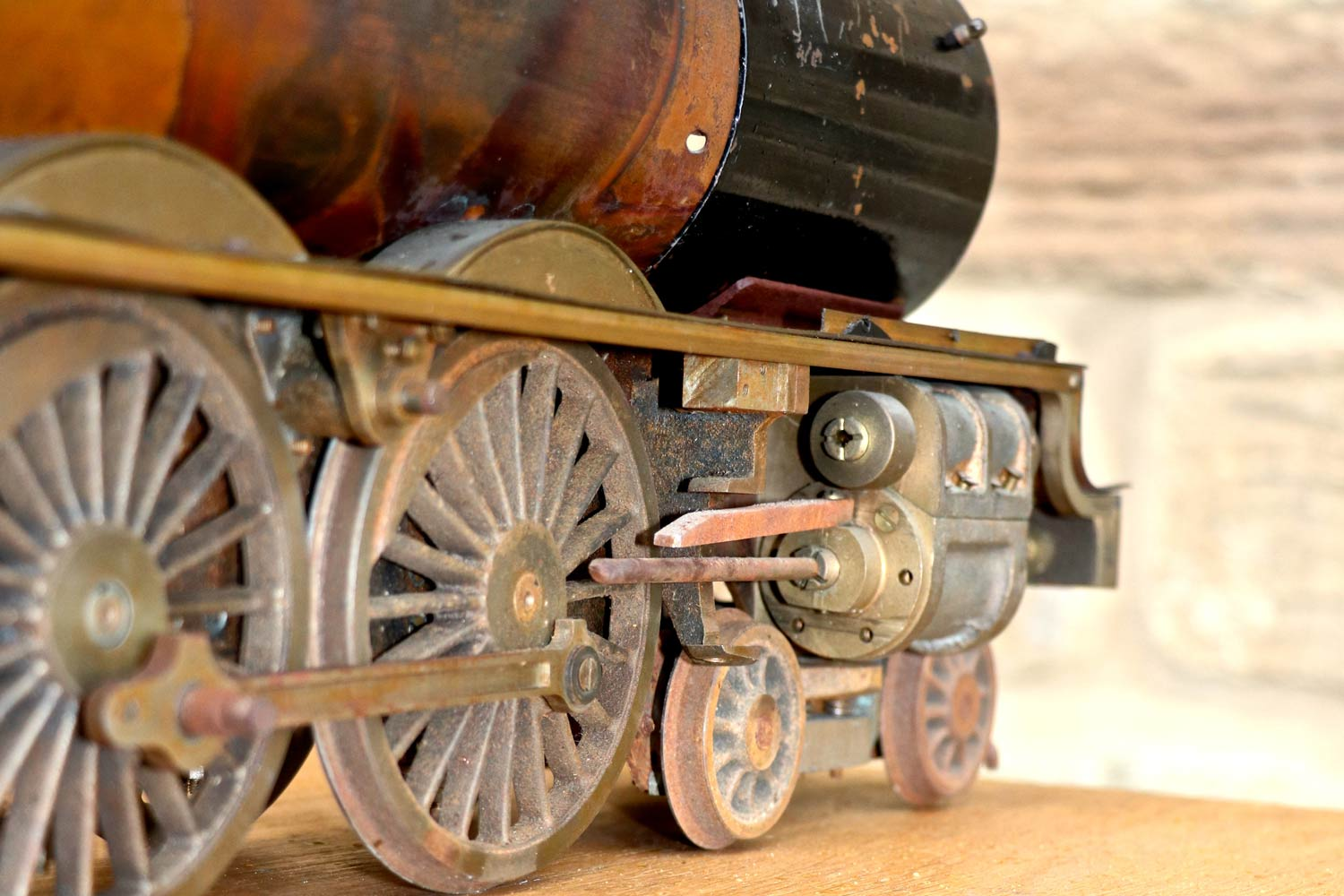 test 2-and-a-half-inch-gauge-LMS-Duchess-live-steam-locomotive-for-sale-13