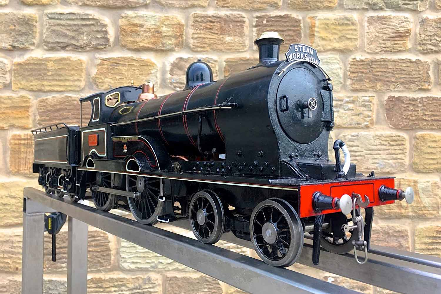test 3-and-a-half-inch-LNWR-King-George-the-Fifth-live-steam-locomotive-for-sale-07
