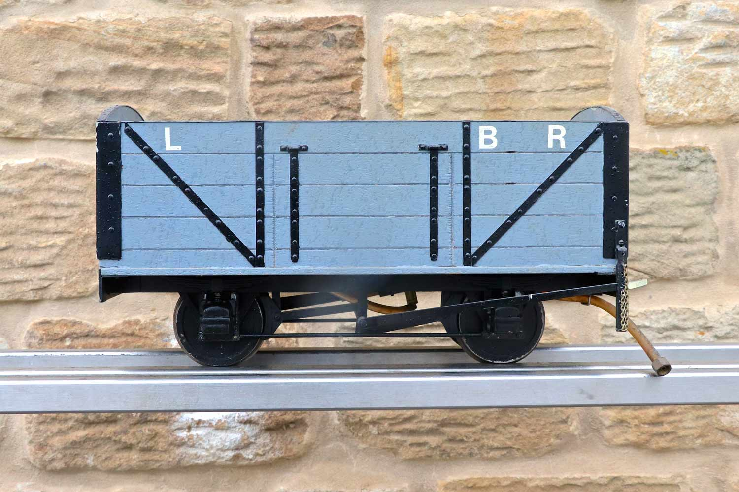 test 5-inch-gauge-riding-truck-live-steam-for-sale-01