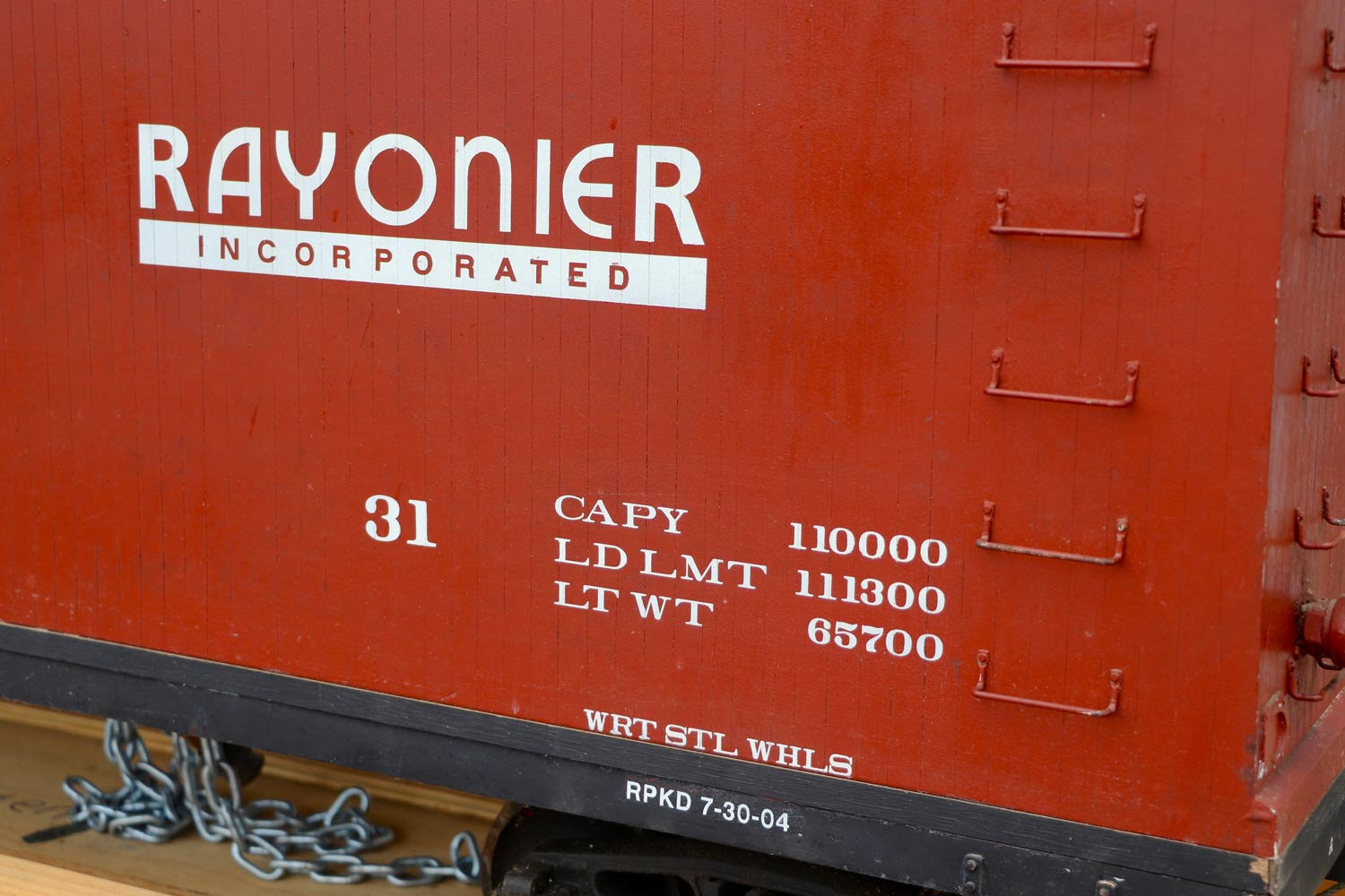 test 7-and-a-quarter-inch-brown-rayonier-hc-railroad-carriage-live-steam-for-sale-04