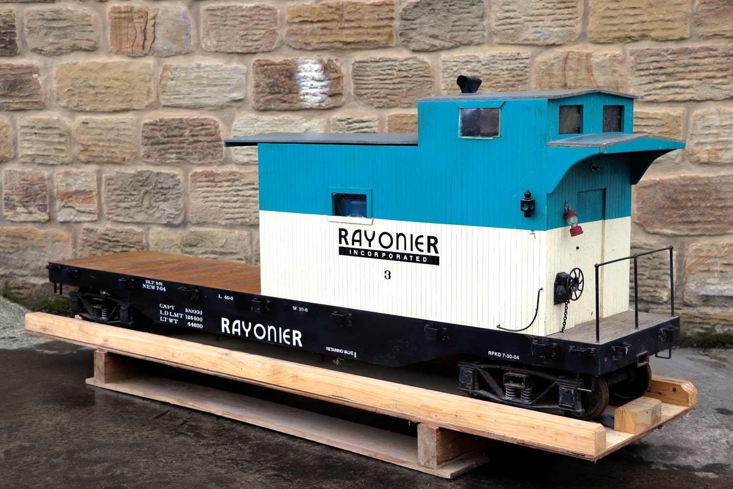 test 7-and-a-quarter-inch-rayonier-hc-railroad-carriage-live-steam-for-sale-03