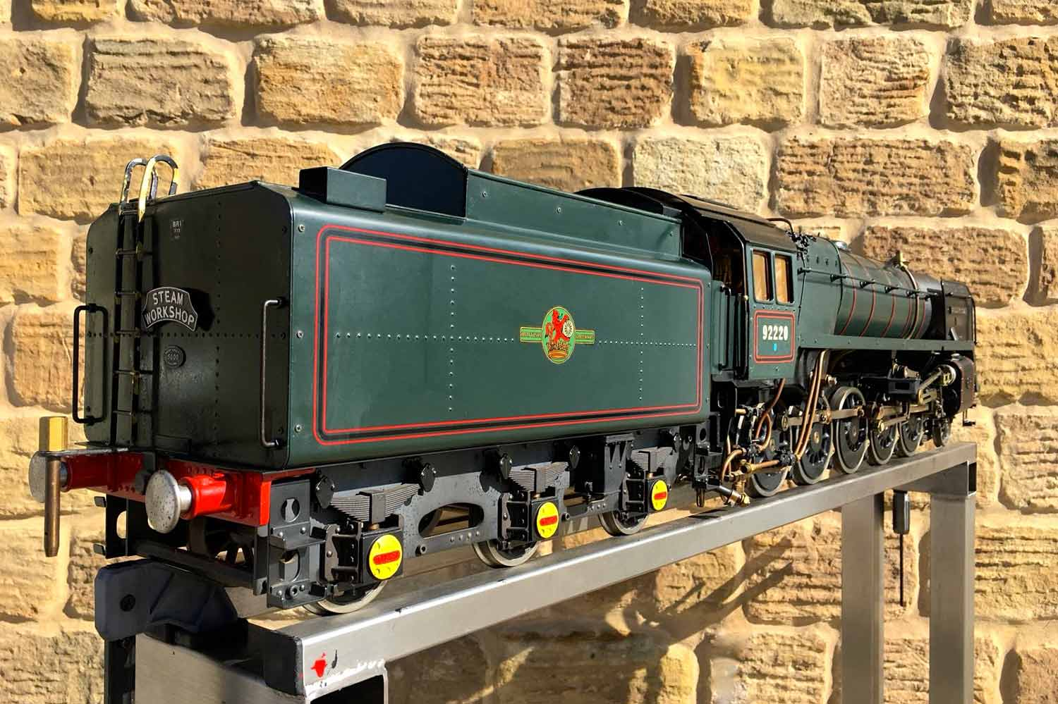 test 3-and-a-half-inch-BR-9F-OS-live-steam-locomotive-for-sale-02