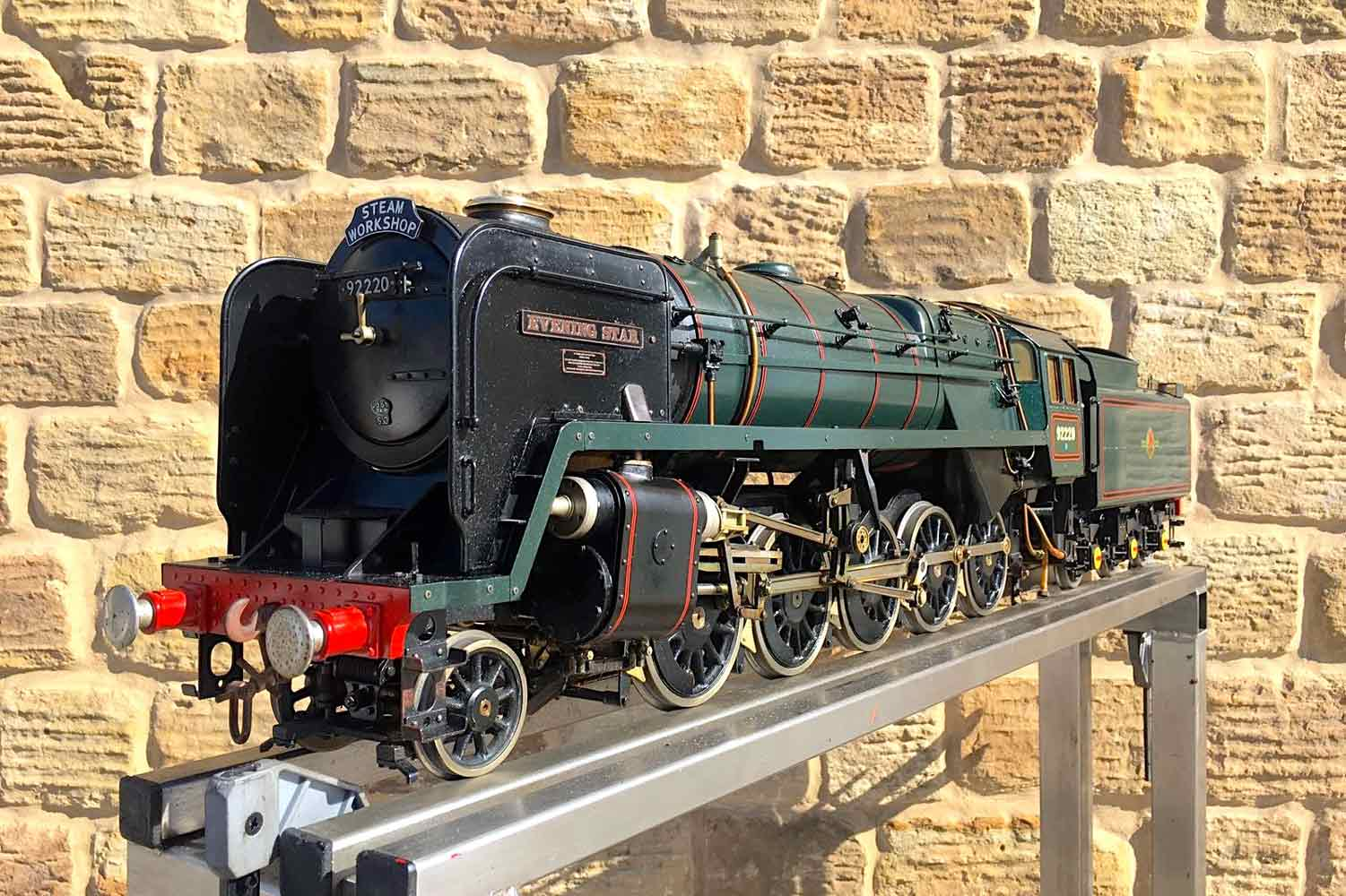 test 3-and-a-half-inch-BR-9F-OS-live-steam-locomotive-for-sale-09
