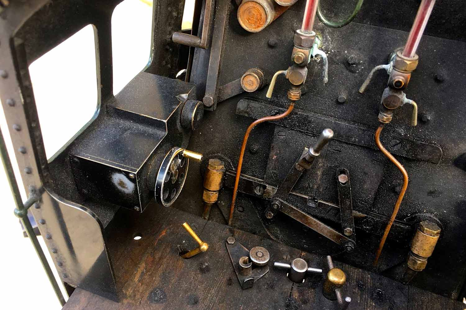 test 3-and-a-half-inch-BR-9F-OS-live-steam-locomotive-for-sale-31