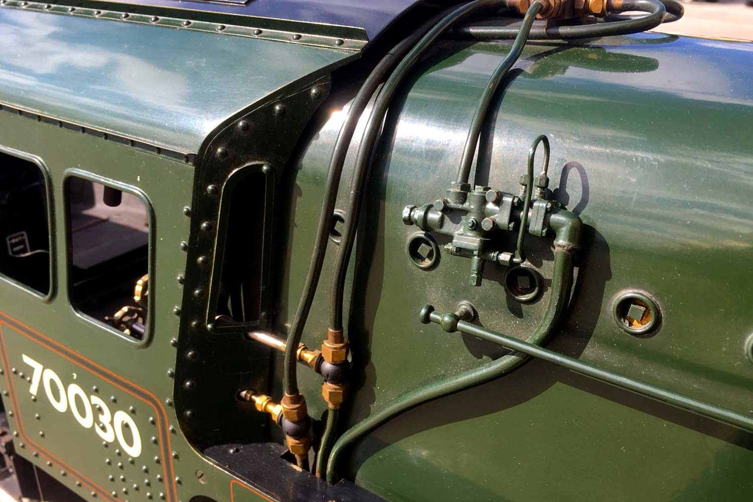 test 3-and-a-half-inch-BR-9F-OS-live-steam-locomotive-for-sale-34