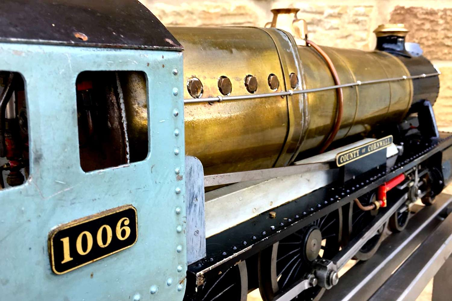test 3-and-a-half-inch-gauge-GWR-County-Hawksworth-live-steam-locomotive-for-sale-4