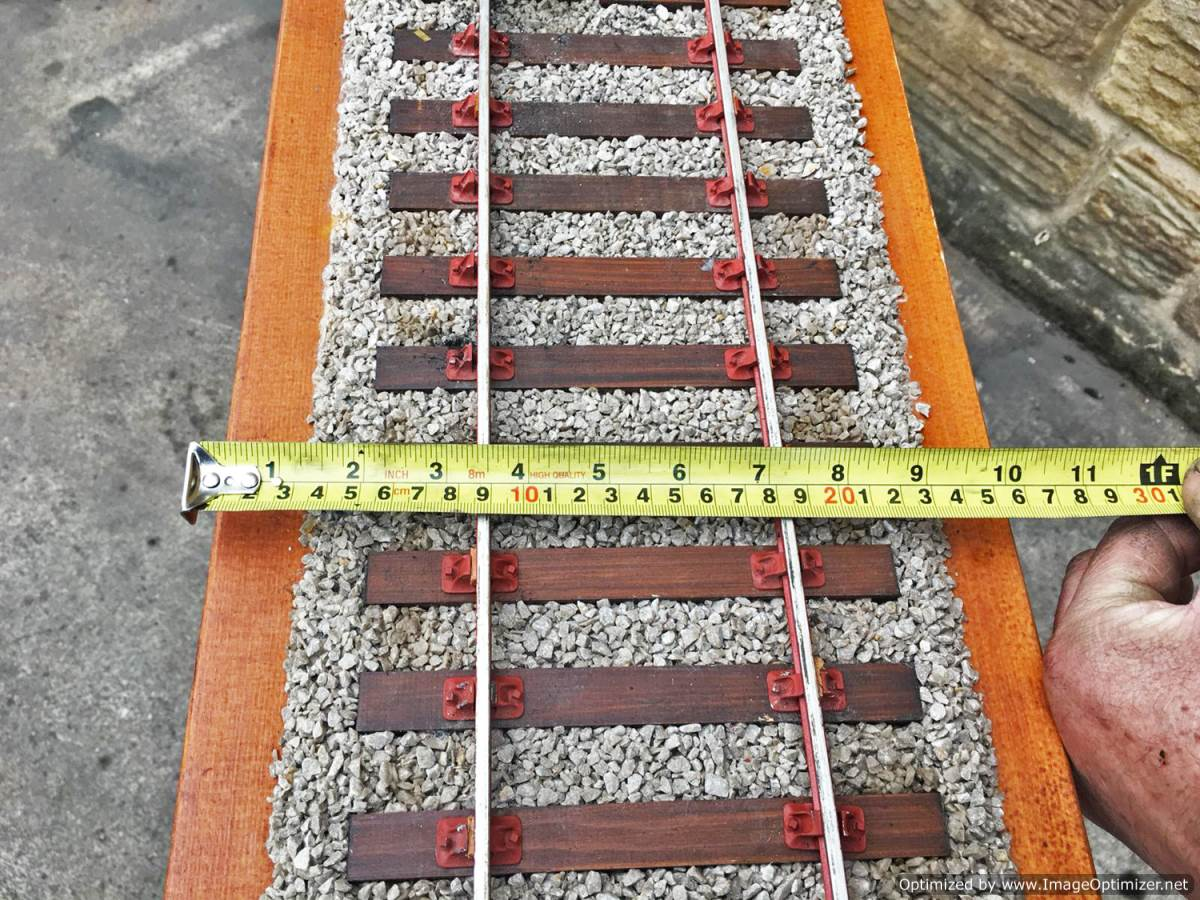 test 3 and a half inch display track 5