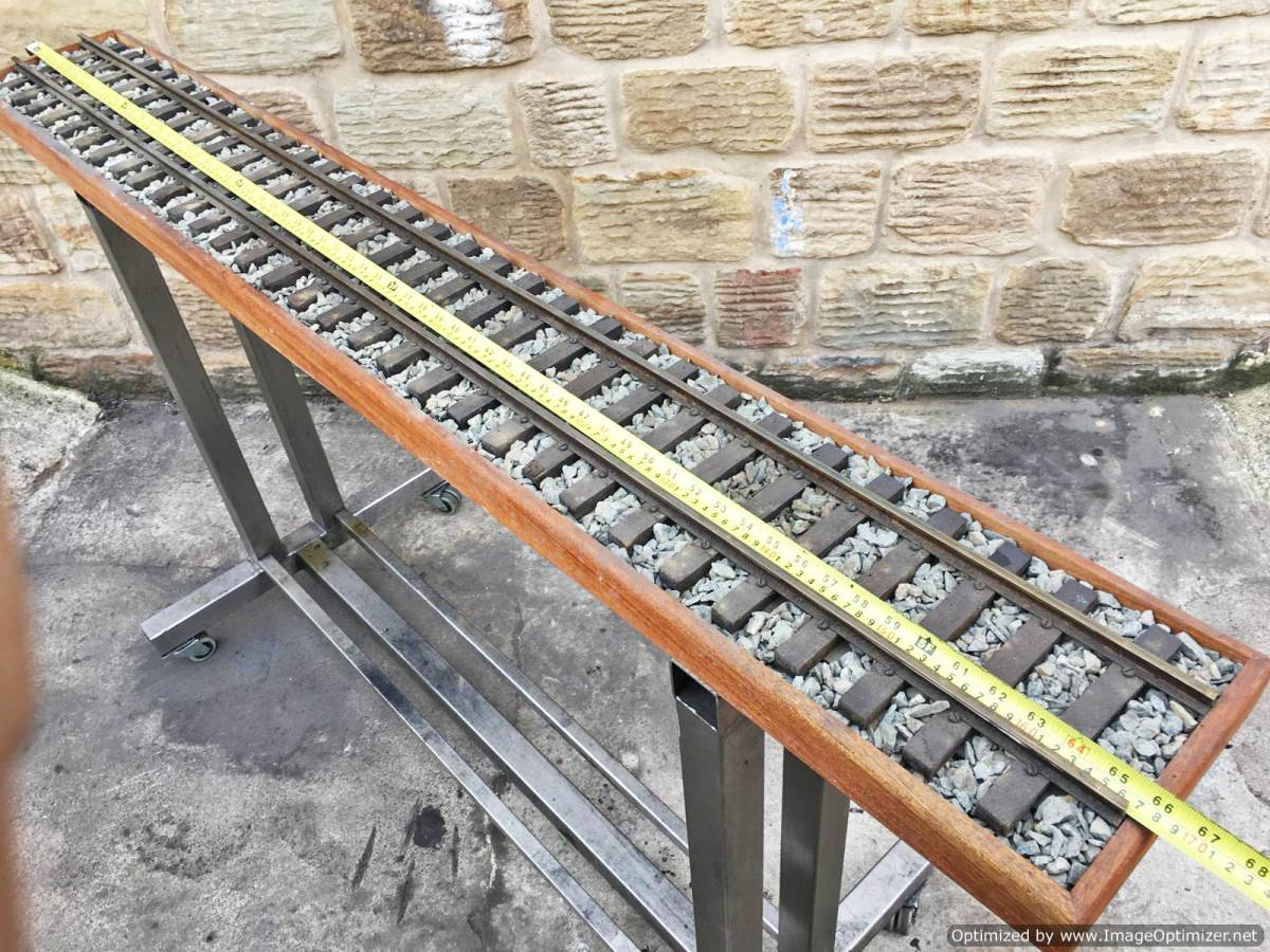 test 3 and a half inch display track for sale 1