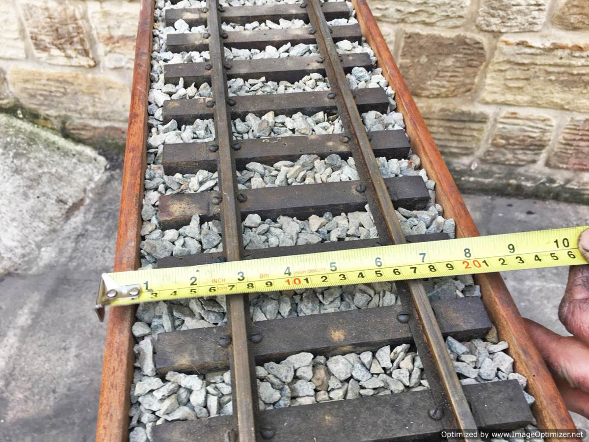 test 3 and a half inch display track for sale 2