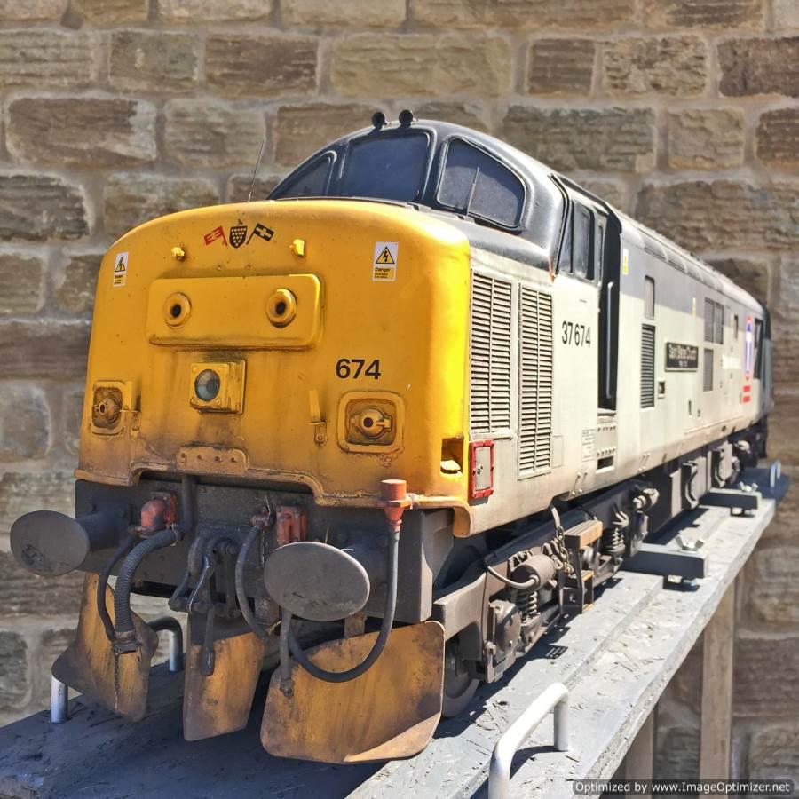 "test 5"" gauge Class 37 diesel for sale (15)"