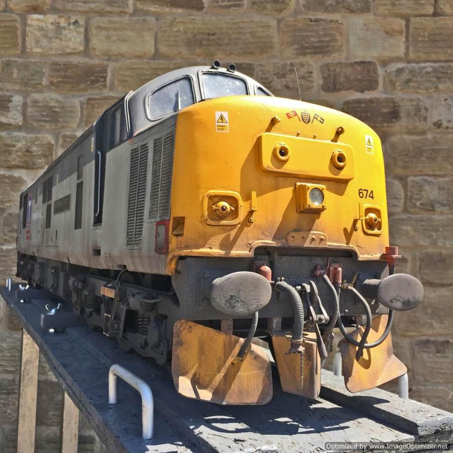"test 5"" gauge Class 37 diesel for sale (16)"